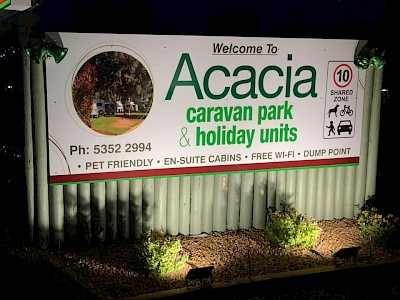 Acacia Caravan Park & Holiday Units